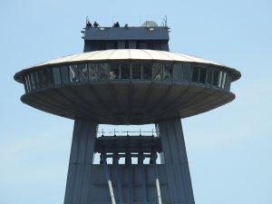 Turm der Donaubrücke